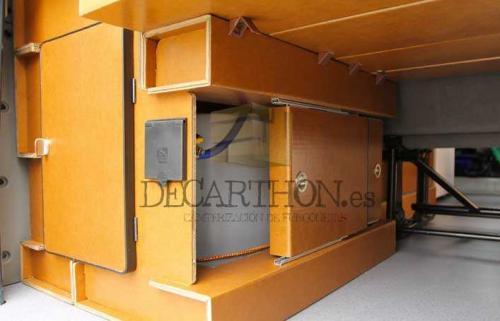 decarthon-camperizacion-furgonetas-grandes-carton-madera-mixtas (12)
