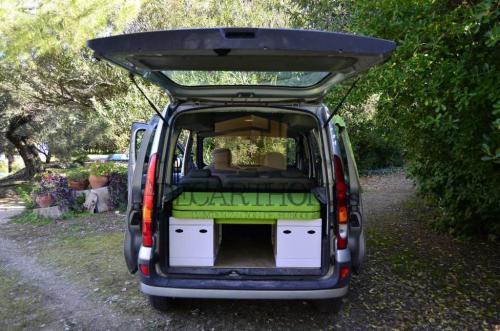 decarthon-camperizacion-furgonetas-renault-kangoo-2004 (4)