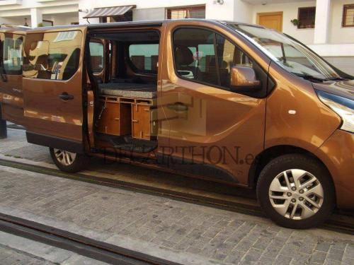 decarthon-camperizacion-furgonetas-renault-traffic-2015 (4)