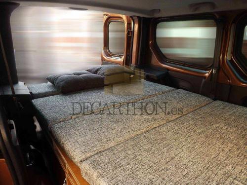 decarthon-camperizacion-furgonetas-renault-traffic-2015 (6)