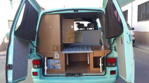 decarthon-camperizacion-furgonetas-volkswagen-t4-2002 (1)