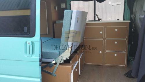 decarthon-camperizacion-furgonetas-volkswagen-t4-2002 (17)