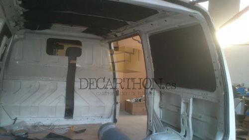 decarthon-camperizacion-furgonetas-volkswagen-t4 (25)